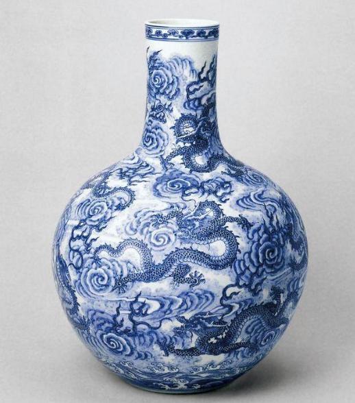 清代瓷器龙纹时代特征,为清代官窑瓷器分辨提供了佐证